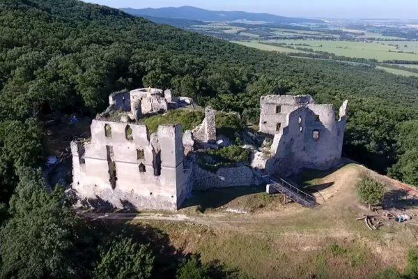 Pripravujeme prednášku na Oponickom hrade
